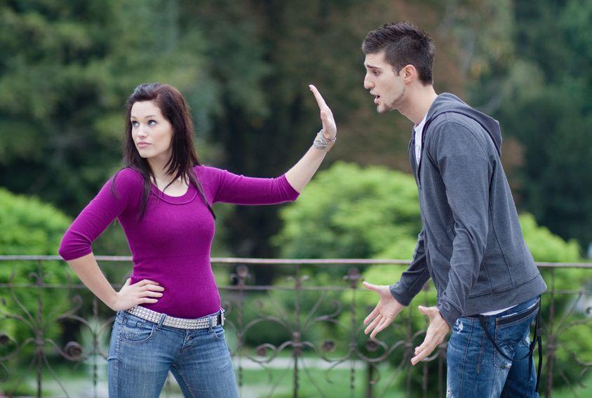 Jak się bronić przed kontrolą w związku?