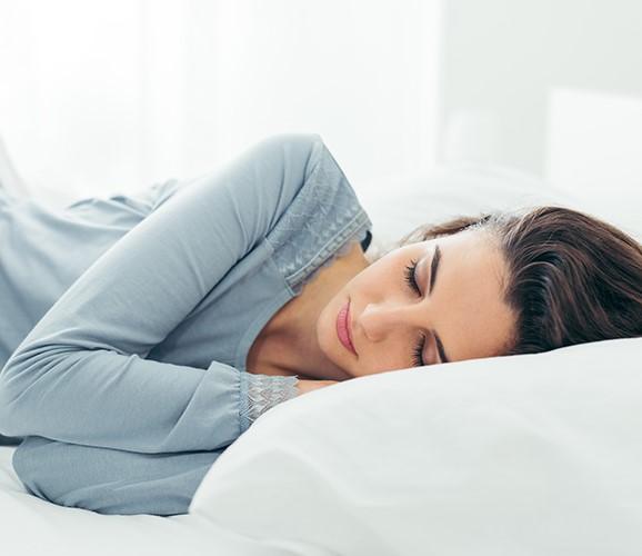 Jak spać żeby nie mieć zmarszczek