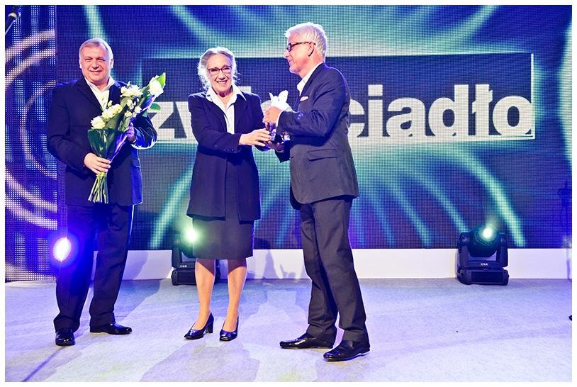 Maja Komorowska, laureatka Nagrody Kryształowe Zwierciadła 2012.