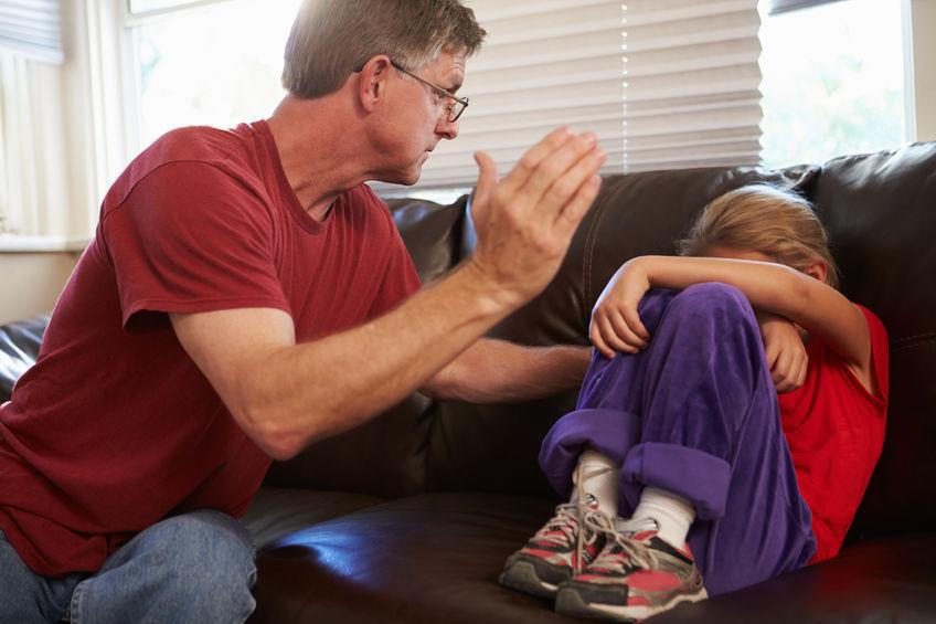 Kary cielesne – dlaczego rodzice wciąż je stosują?