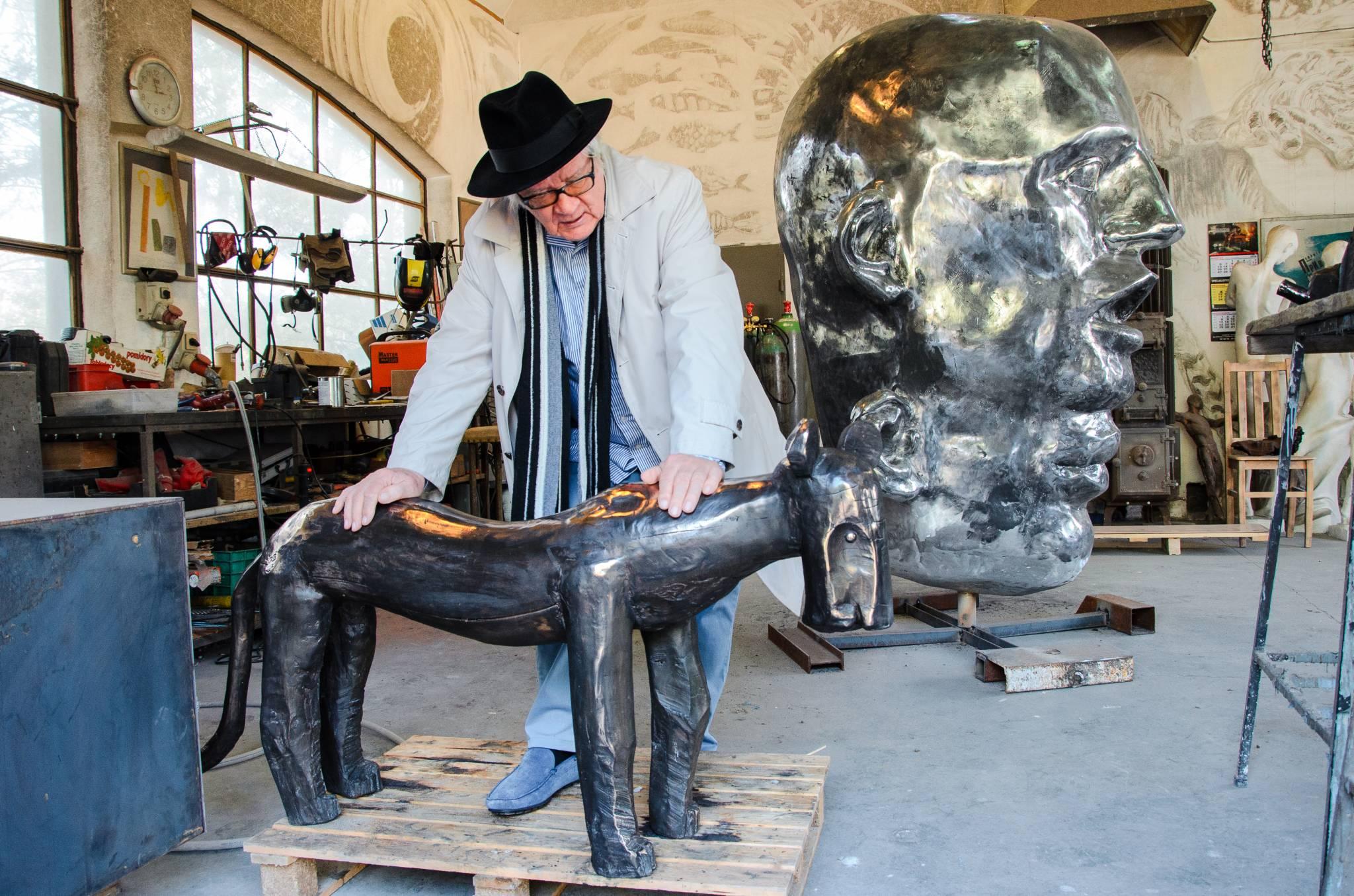 Wystawa rzeźb Józefa Wilkonia w Limited Edition
