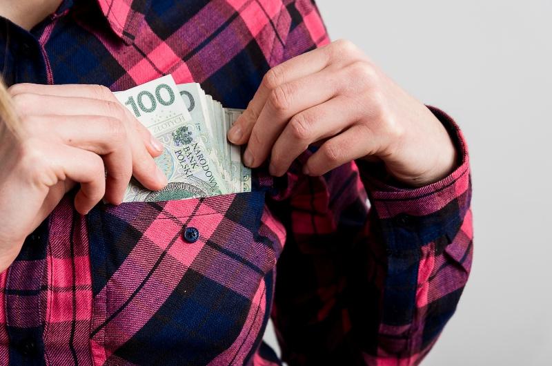 Chcesz wziąć pożyczkę na raty lub chwilówkę? Poznaj zasady, którymi powinieneś się kierować
