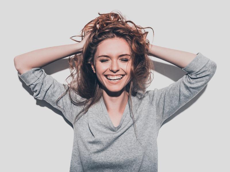 Coraz więcej kobiet określa siebie jako atrakcyjne