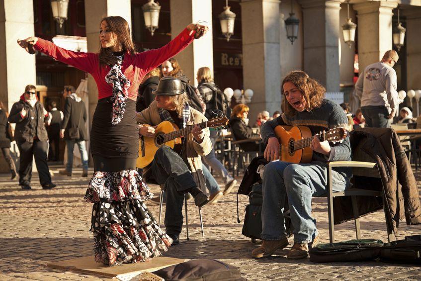 Podróże do Hiszpanii: Madryt czy Barcelona