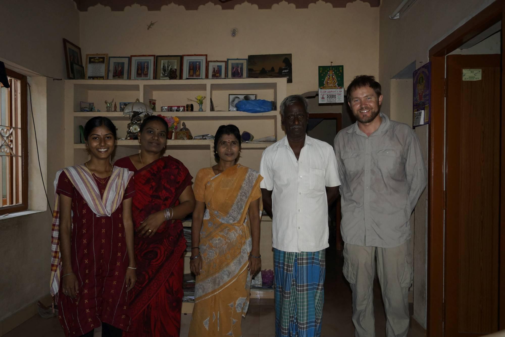 W domu tamilskiej rodziny