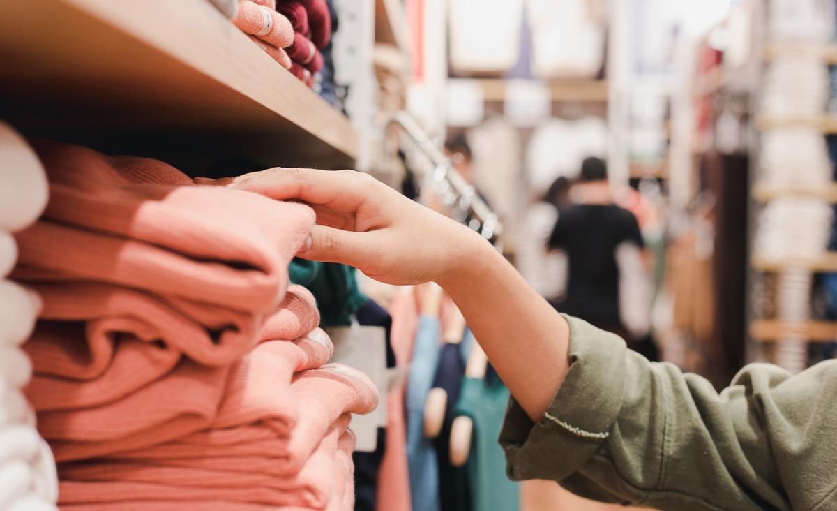 Jakich ubrań nigdy nie założyłoby twoje ciało, czyli jak rozważnie kupować odzież?