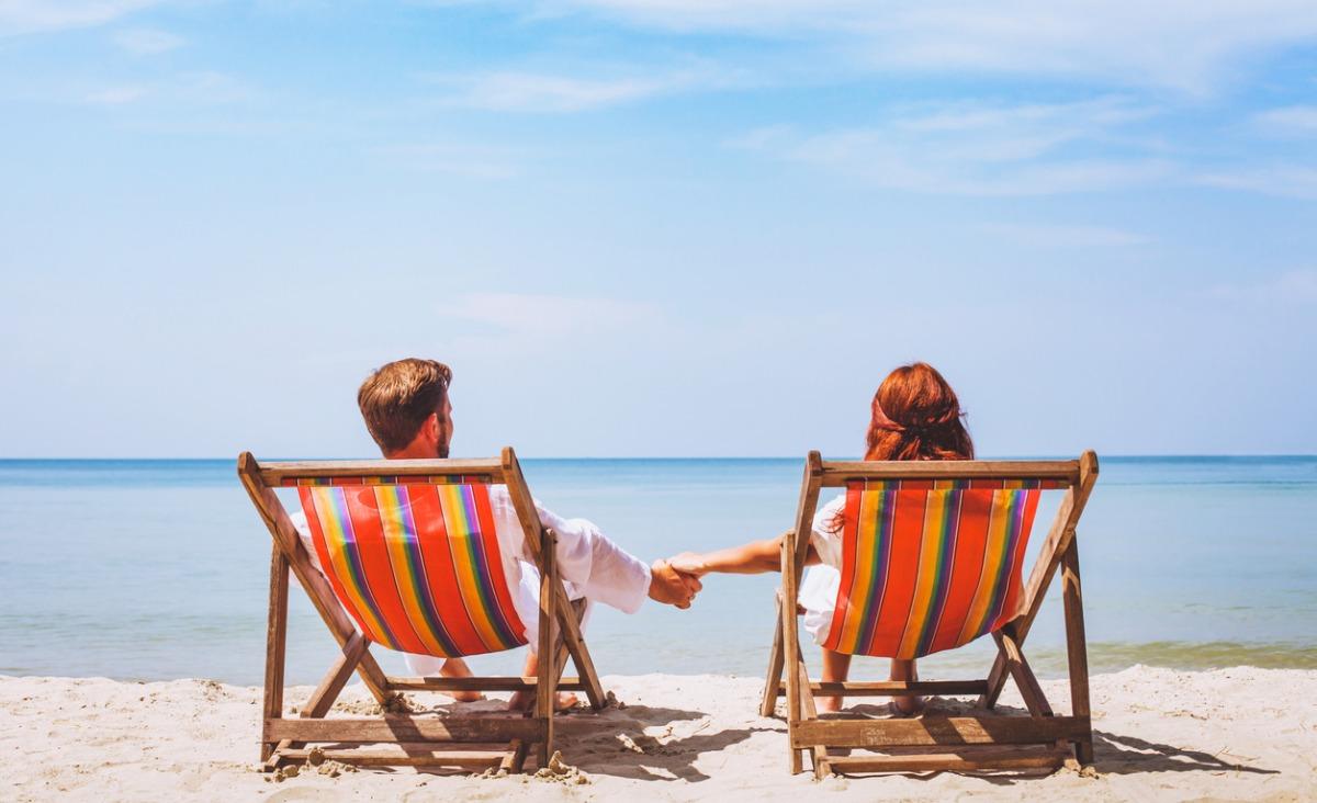 Urlop - próba dla związku? Jak wakacje wpływają na nasze relacje?