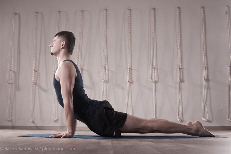 Zmień postawę ciała, ćwicząc jogę