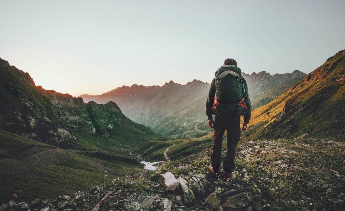 Na czym polega slow traveling i jak wpływa na naszą psychikę?