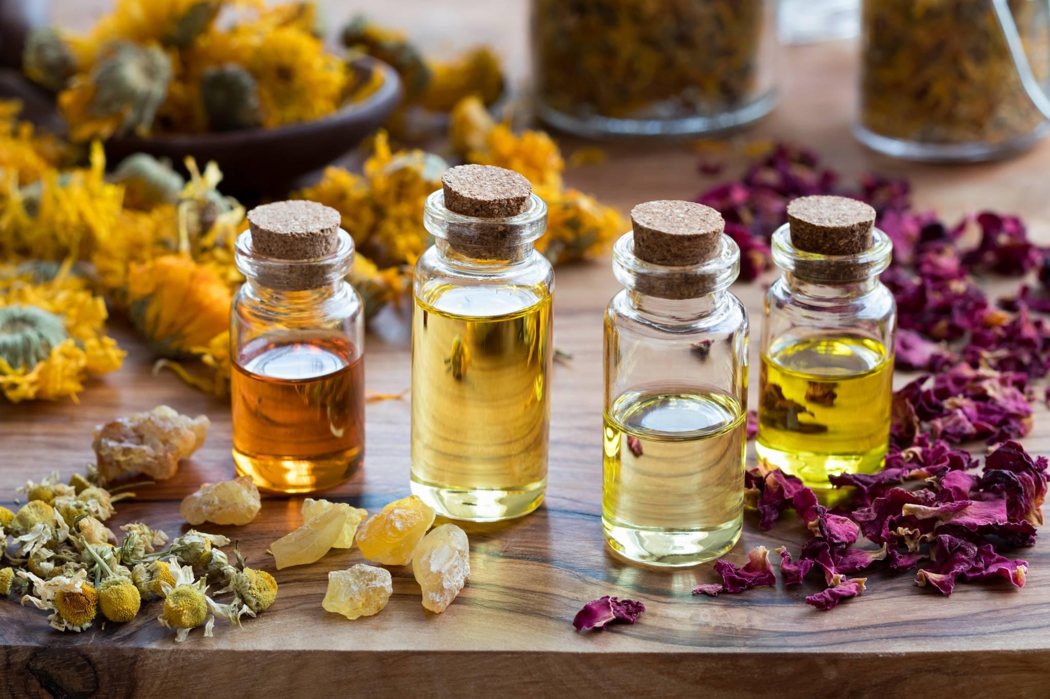 Wszystko, co warto wiedzieć o olejkach